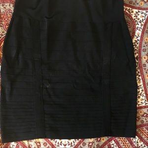 Black stretchy body-con pencil skirt